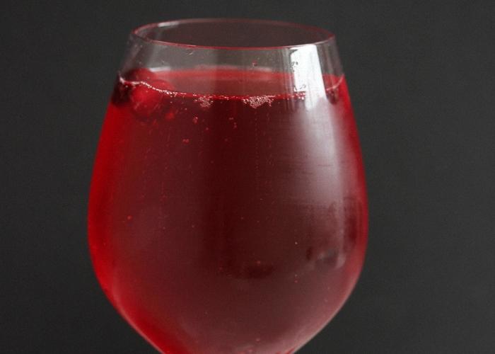 Клюквенная настойка на спирту