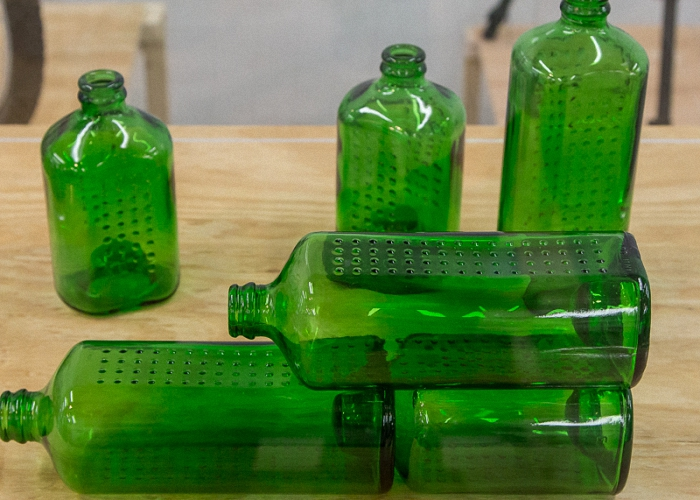 Для настаивания сидра бутылки из толстого стекла