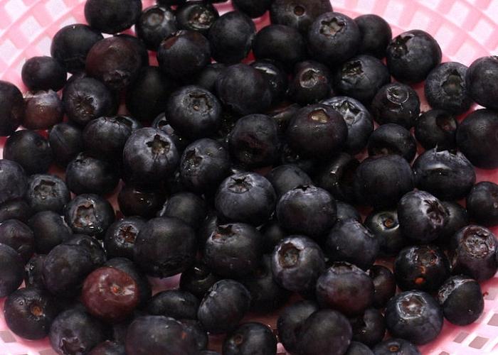 Для вина из черники подходят только спелые ягоды
