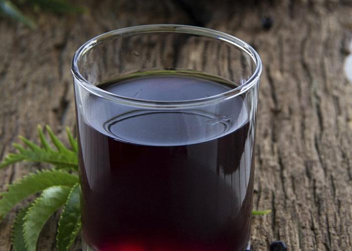 Сливовое вино с изюмом