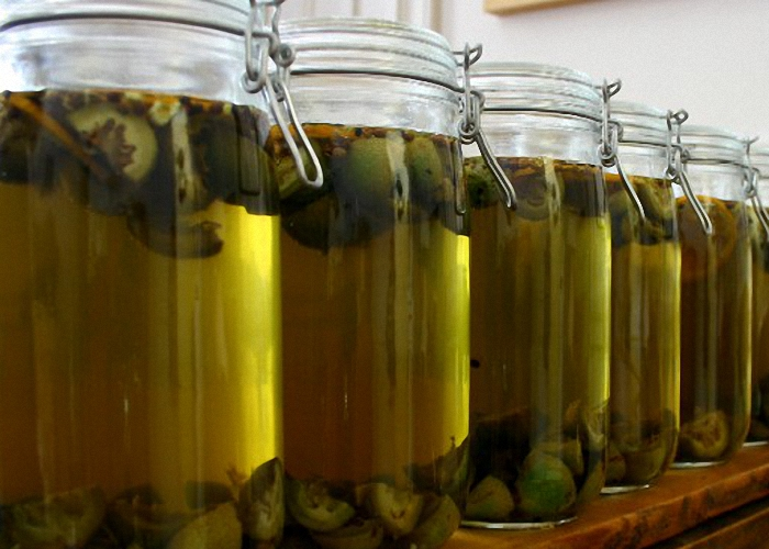 Как сделать водку из зеленых орехов 206