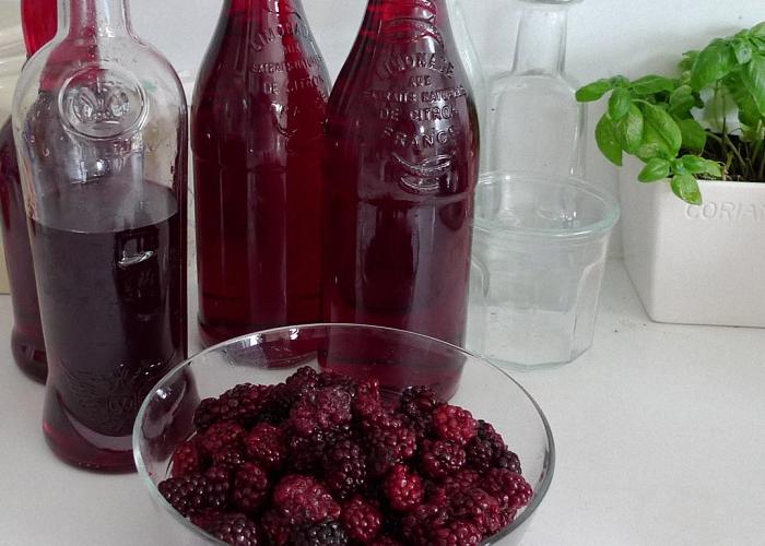 Выдержать вино в прохладном помещении