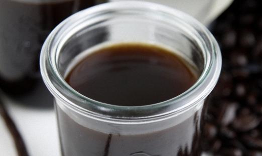 Десертный кофейный ликер с ванилью
