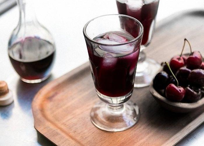 Забродил вишневый компот как сделать вино