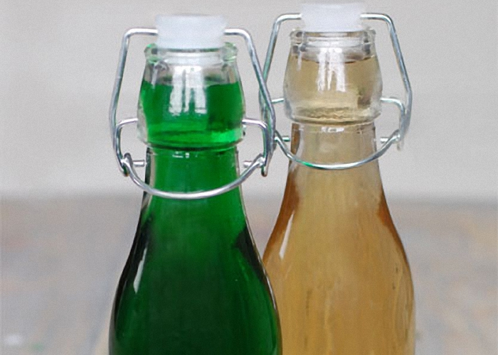 Готовый ликер перелить в баночки или бутылки