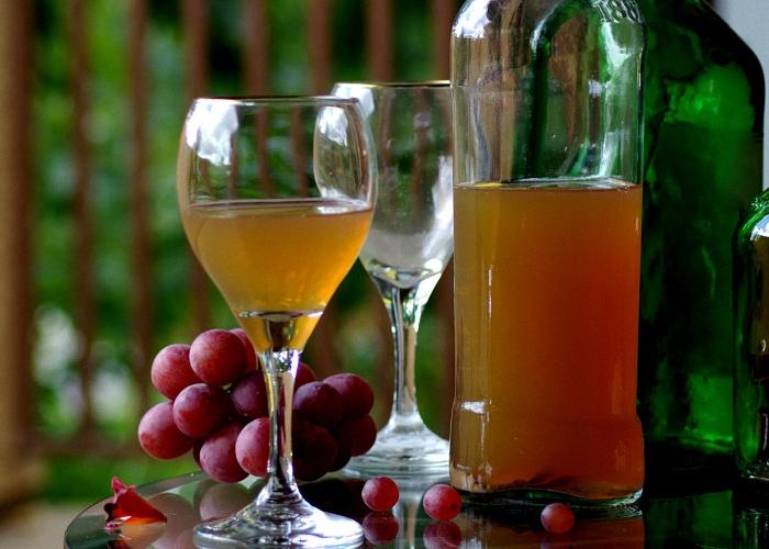Сухое домашнее вино из винограда