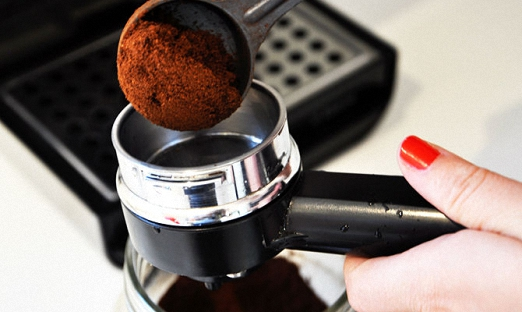 Варим крепкий свежий молотый кофе