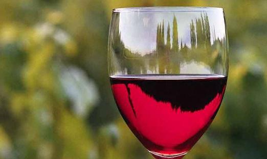 Виноградное вино Изабелла
