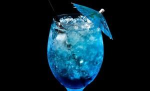 Голубая лагуна коктейль классический