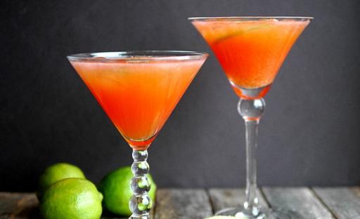 Коктейль из Мартини с апельсиновым соком