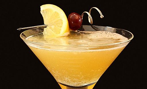 Коктейль из мартини с виски