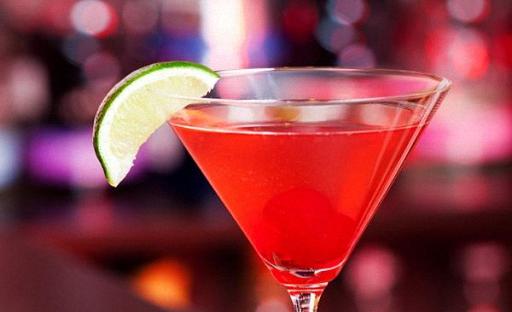 как приготовить алкогольный коктейль дома космополитен