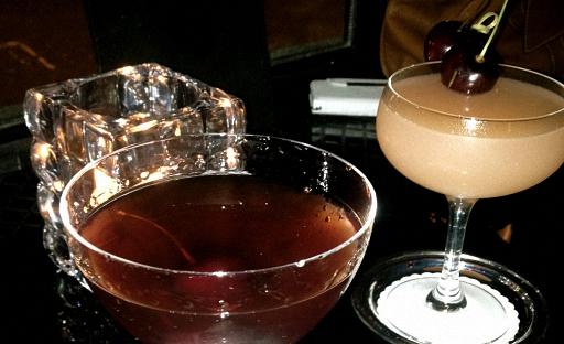 Крепкие коктейли с вишневым ликером
