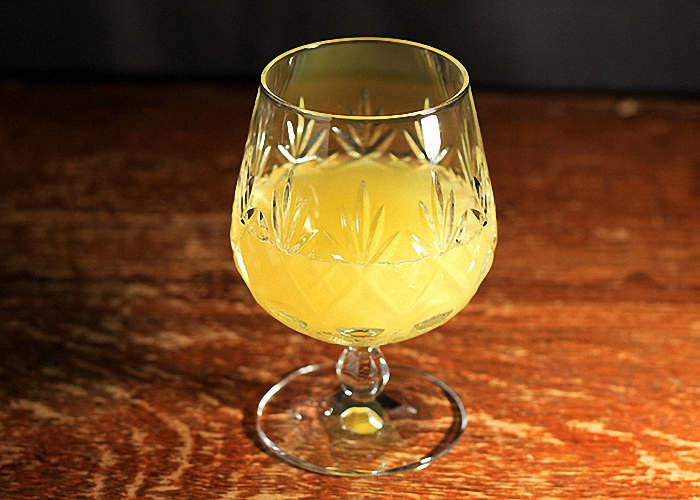 Ликер на водке и апельсиновых корочках