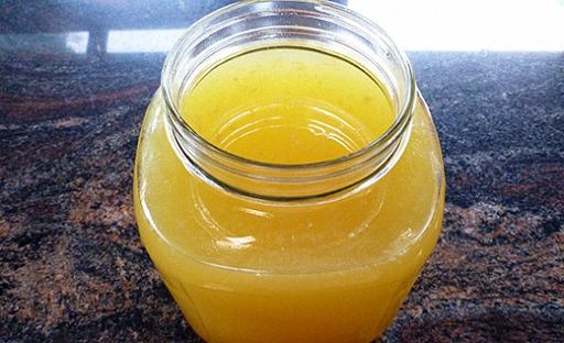 Настойку лимонной цедры процедить