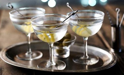 Рецепт коктейля из водки и Мартини