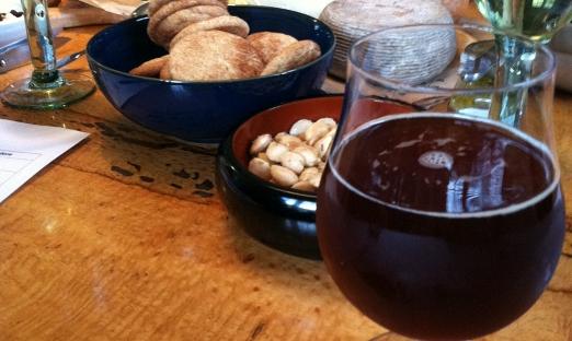 Вино из варенья с добавлением пряностей