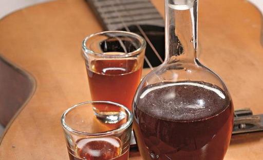Настойки на спирту из чернослива в домашних условиях рецепт