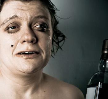 Как алкоголь влияет на внешность женщины, мужчины: фото, как меняется облик алкоголиков